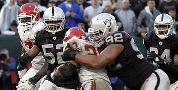 110710-raidersvschiefs46--nfl_medium_540_360_display_image