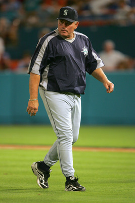MIAMI, FL - JUNE 8:  Manager Mike Hargrove #21 of the Seattle Mariners walks on the field during the game against the Florida Marlins on June 8, 2005 at Dolphin Stadium in Miami, Florida.  The Marlins won 5-4.  (Photo by Jamie Squire/Getty Images))