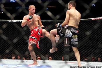 Ufc_cerrone_crushes_the_legs_of_rocha_for_second_ufc_win_display_image