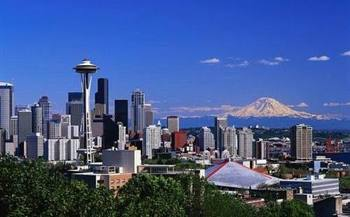 Seattle_skyline_referral_postcard_display_image