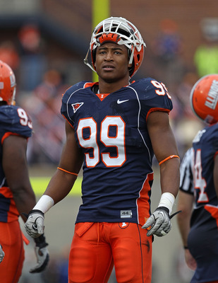 CHAMPAIGN, IL - OCTOBER 02: Michael Buchanan #99 of the Illinois Fighting Illini waits during a replay time-out against the Ohio State Buckeyes at Memorial Stadium on October 2, 2010 in Champaign, Illinois. Ohio State defeated Illinois 24-13. (Photo by Jo