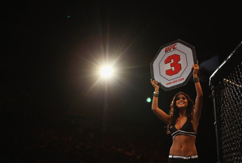 SYDNEY, AUSTRALIA - FEBRUARY 27:  Octagon girl Arianny Celeste signals the start of round three at UFC 127 at Acer Arena on February 27, 2011 in Sydney, Australia.  (Photo by Mark Kolbe/Getty Images)