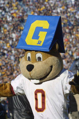 ANN ARBOR, MI - NOVEMBER 10:  The Minnesota Golden Gopher plays with the goal line marker during the Big Ten Conference football game against the Michigan Wolverines on November 10, 2001 at Michigan Stadium in Ann Arbor, Michigan.  Michigan defeated Minne