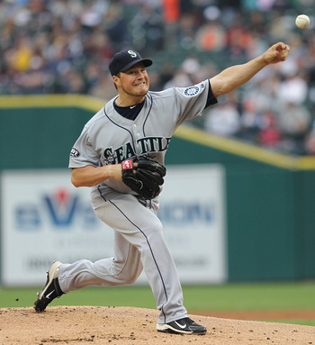 DETROIT, MI - JUNE 10:  Starting pitcher Erik Bedard #45 of the Seattle Mariners throws the ball during a MLB game against the Detroit Tigers at Comerica Park on June 10, 2011 in Detroit, Michigan.  Seattle defeated Detroit 3-2. (Photo by Dave Reginek/Get