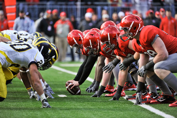 COLUMBUS, OH - NOVEMBER 27:  The Michigan Wolverines and the Ohio State Buckeyes face off against each other in the 107th meeting between the two schools at Ohio Stadium on November 27, 2010 in Columbus, Ohio.  (Photo by Jamie Sabau/Getty Images)