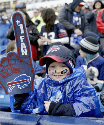 ORCHARD PARK, NY - OCTOBER 03: A young Buffalo Bills fan shows his support against the New York Jets   at Ralph Wilson Stadium on October 3, 2010 in Orchard Park, New York. The Jets won 38-14. (Photo by Rick Stewart/Getty Images)