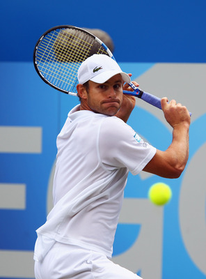 LONDON, ENGLAND - JUNE 10:  Andy Roddick of the United States lines up a shot during his Men's Singles quarter final match against Fernando Verdasco of Spain on day five of the AEGON Championships at Queens Club on June 10, 2011 in London, England.  (Phot