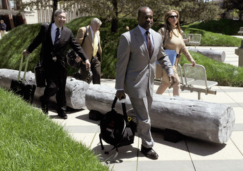 MINNEAPOLIS, MN - MAY 17: NFL players' lawyers Jeffrey Kessler, James Quinn and Barbara P. Berens walk with former NFL Players Association executive director DeMaurice Smith after leaving court ordered mediation at the U.S. Courthouse on May 17, 2011 in M