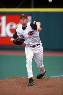 20 Apr 2000:  Denny Neagle #15 of Cincinnati Reds pitching during the game against the San Francisco Giants at Cinergy Field in Cincinnati, Ohio. The Reds defeated the Giants 11-1. Mandatory Credit: Harry How  /Allsport