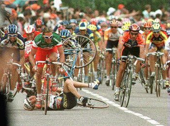 LAC DE MADINE, FRANCE - JULY 3:  During the peloton sprint three riders crash - Mauro Bettin of Italy, Laurent Brochard of France and Jan Svorada - as Mario Cipollini of Italy (foreground) escapes from the pileup during stage four on July 3, 1996 of the T