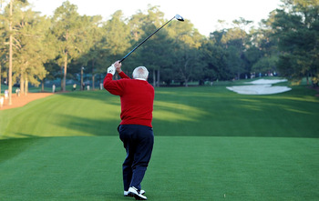 AUGUSTA, GA - APRIL 07:  Arnold Palmer hits the ceremonial first tee shot to start the first round of the 2011 Masters Tournament at Augusta National Golf Club on April 7, 2011 in Augusta, Georgia.  (Photo by Harry How/Getty Images)