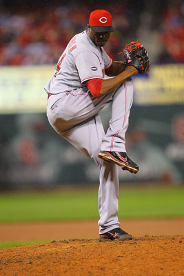 ST. LOUIS, MO - APRIL 24: Reliever Aroldis Chapman #54 of the Cincinnati Reds pitches against the St. Louis Cardinals at Busch Stadium on April 24, 2011 in St. Louis, Missouri.  (Photo by Dilip Vishwanat/Getty Images)