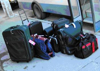 Suitcases_display_image