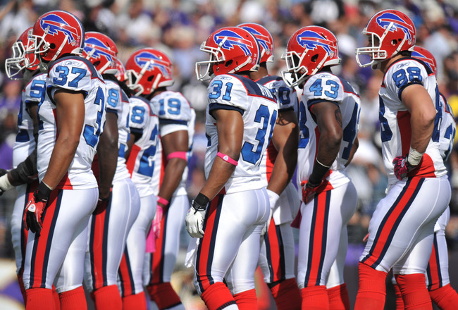 BALTIMORE, MD - OCTOBER 24:  The Buffalo Bills kickoff team huddles before the kick against the Baltimore Ravens at M&T Bank Stadium on October 24, 2010 in Baltimore, Maryland. The Ravens defeated the Bills 37-34. (Photo by Larry French/Getty Images)