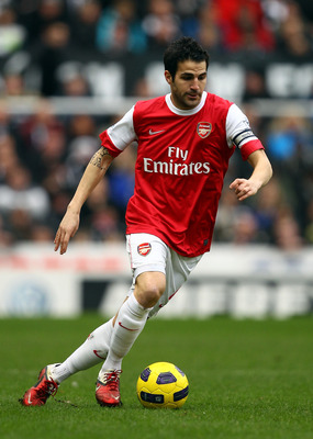 NEWCASTLE UPON TYNE, ENGLAND - FEBRUARY 05:  Cesc Fabregas of Arsenal in action during the Barclays Premier League match between Newcastle United and Arsenal at St James' Park on February 5, 2011 in Newcastle upon Tyne, England.  (Photo by Richard Heathco