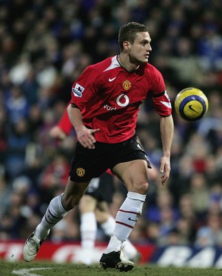 PORTSMOUTH, UNITED KINGDOM - FEBRUARY 11:   Nemanja Vidic of Portsmouth during the Barclays Priemiership match between Portsmouth and Manchester United at Fratton Park on February 11, 2006 in Portsmouth, England.  (Photo by Phil Cole/Getty Images)