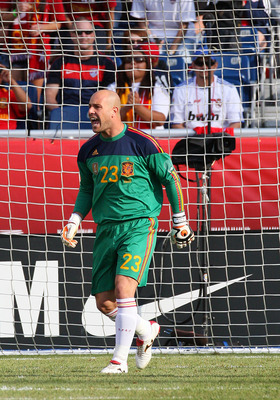 FOXBORO, MA - JUNE 4:  Pepe Reina #23 of Spain yells to his teammates in a game against the United States at Gillette Stadium on June 4, 2011 in Foxboro, Massachusetts. Spain beat the United States 4-0. (Photo by Gail Oskin/Getty Images)