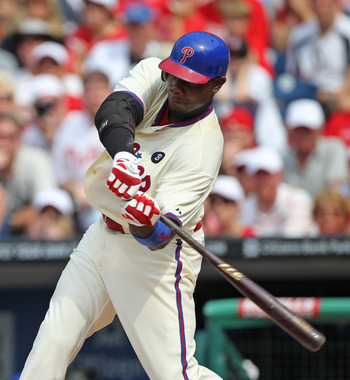 PHILADELPHIA - JUNE 12: First baseman Ryan Howard #6 of the Philadelphia Phillies hits a game winning single during a game against the Chicago Cubs at Citizens Bank Park on June 12, 2011 in Philadelphia, Pennsylvania. The Phillies won 4-3. (Photo by Hunte