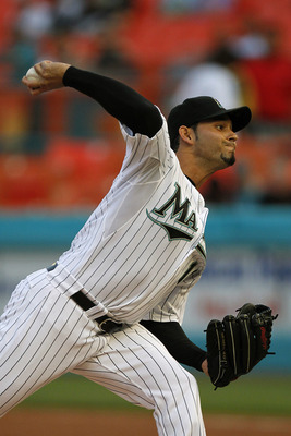 MIAMI GARDENS, FL - JUNE 10: Anibal Sanchez #19 of the Florida Marlins delivers a pitch against the Arizona Diamondbacks at Sun Life Stadium on June 10, 2011 in Miami Gardens, Florida. (Photo by Eliot J. Schechter/Getty Images)