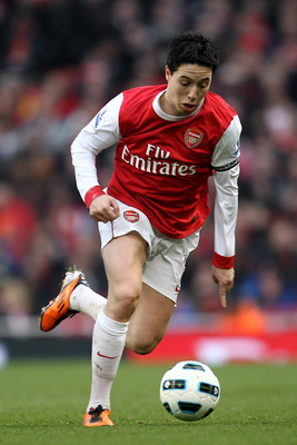 LONDON, ENGLAND - MARCH 05: Samir Nasri of Arsenal runs with the ball during the Barclays Premier League match between Arsenal and Sunderland at Emirates Stadium on March 5, 2011 in London, England.  (Photo by Paul Gilham/Getty Images)