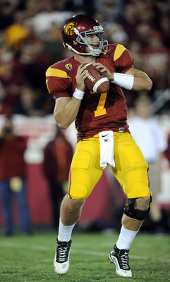 LOS ANGELES, CA - OCTOBER 30:  Matt Barkley #7 of the USC Trojans passes against the Oregon Ducks at Los Angeles Memorial Coliseum on October 30, 2010 in Los Angeles, California.  (Photo by Harry How/Getty Images)