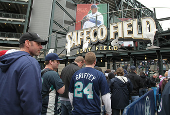 SEATTLE - APRIL 14:   Fans enter the stadium before the Seattle Mariners and the Los Angeles Angels of Anaheim play on Opening Day on April 14, 2009 at Safeco Field in Seattle, Washington. (Photo by Otto Greule Jr/Getty Images)