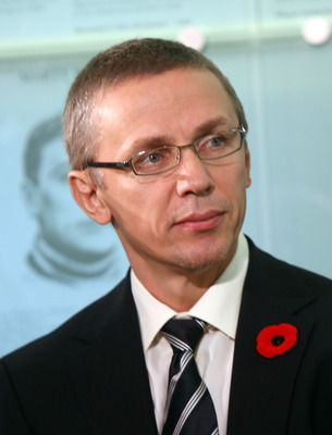 TORONTO - NOVEMBER 10:  Hall of Fame 2008 inductee Igor Larionov takes questions from the media during a press conference at the Hockey Hall of Fame November 10, 2008 in Toronto, Ontario, Canada.  (Photo by Bruce Bennett/Getty Images)