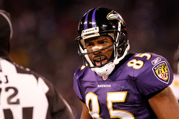 BALTIMORE, MD - DECEMBER 05:  Derrick Mason #85 of the Baltimore Ravens argues a call with a referee during the game against the Pittsburgh Steelers at M&T Bank Stadium on December 5, 2010 in Baltimore, Maryland. Pittsburgh won 13-10.  (Photo by Geoff Bur