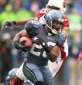 SEATTLE - OCTOBER 24:  Running back Justin Forsett #20 of the Seattle Seahawks rushes against the Arizona Cardinals at Qwest Field on October 24, 2010 in Seattle, Washington. (Photo by Otto Greule Jr/Getty Images)