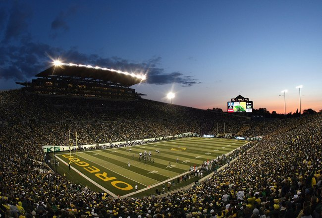 EUGENE, OR - AUGUST 30:  A general view taken during the game between the Washington Huskies and the Oregon Ducks at Autzen Stadium on August 30, 2008 in Eugene, Oregon. (Photo by Jonathan Ferrey/Getty Images)