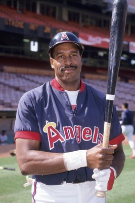 1991: Dave Winfield of the Anaheim Angels poses before the game against the Milwaukee Brewers during a 1991 season game. (Photo by: Getty Images)