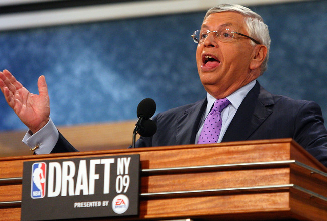 NEW YORK - JUNE 25:  NBA Commissioner David Stern speaks prior to the start of the 2009 NBA Draft at the Wamu Theatre at Madison Square Garden June 25, 2009 in New York City. NOTE TO USER: User expressly acknowledges and agrees that, by downloading and/or