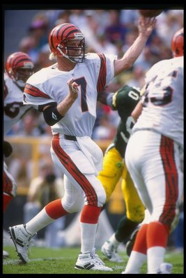 20 Sep 1992:  Quarterback Boomer Esiason of the Cincinnati Bengals throw the ball during a game against the Green Bay Packers at Lambeau Field in Green Bay, Wisconsin.  The Packers won the game, 24-23. Mandatory Credit: Jonathan Daniel  /Allsport