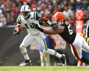 CLEVELAND - NOVEMBER 14:  Wide receiver Brad Smith #16 of the New York Jets runs the ball by linebacker Chris Gocong #51 of the Cleveland Browns at Cleveland Browns Stadium on November 14, 2010 in Cleveland, Ohio.  (Photo by Matt Sullivan/Getty Images)