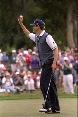 21 Jun 1998: Lee Janzen of the USA acknowledges the gallery during the 1998 U.S. Open Championships on the 6,797-yard, par-70 Lake Course at The Olympic Club in San Francisco, California.