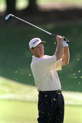 13 Apr 2000: Larry Nelson in action during the PGA Seniors Championship at the PGA National Golf Club in Palm Beach Gardens, Florida.