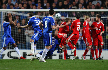 LONDON, ENGLAND - APRIL 14: Alex of Chelsea scores his team's second goal during the UEFA Champions League Quarter Final Second Leg match between Chelsea and Liverpool at Stamford Bridge on April 14, 2009 in London, England.  (Photo by Ryan Pierse/Getty I
