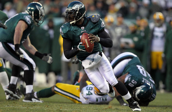 Mike Vick doing his thing