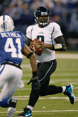INDIANAPOLIS, IN - DECEMBER 19: David Garrard #9 of the Jacksonville Jaguars passes against the Indianapolis Colts at Lucas Oil Stadium on December 19, 2010 in Indianapolis, Indiana.  (Photo by Scott Boehm/Getty Images)
