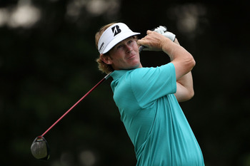 BETHESDA, MD - JUNE 16:  Brandt Snedeker hits a shot on the 14th tee during the first round of the 111th U.S. Open at Congressional Country Club on June 16, 2011 in Bethesda, Maryland.  (Photo by Andrew Redington/Getty Images)