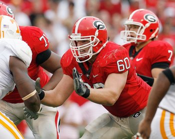 ATHENS, GA - OCTOBER 11:  Clint Boling #60 of the Georgia Bulldogs blocks the line during the game against the Tennessee Volunteers at Sanford Stadium on October 11, 2008 in Athens, Georgia.  (Photo by Kevin C. Cox/Getty Images)