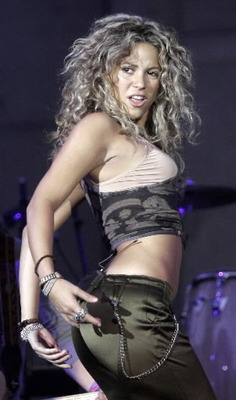 Shakira19_display_image