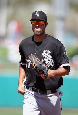 TUCSON, AZ - MARCH 07:  Outfielder Jordan Danks #67 of the Chicago White Sox runs across the field during the spring training game against he Arizona Diamondbacks at Kino Veterans Memorial Stadium on March 7, 2011 in Tucson, Arizona. The charity game is t