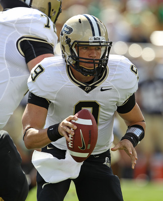 SOUTH BEND, IN - SEPTEMBER 04: Robert Marve #9 of the Purdue Boilermakers turns to roll out against the Notre Dame Fighting Irish at Notre Dame Stadium on September 4, 2010 in South Bend, Indiana. Notre Dame defated Purdue 23-12. (Photo by Jonathan Daniel