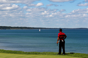KOHLER, WI - AUGUST 15:  Tiger Woods waits on the 16th green during the final round of the 92nd PGA Championship on the Straits Course at Whistling Straits on August 15, 2010 in Kohler, Wisconsin.  (Photo by Sam Greenwood/Getty Images)