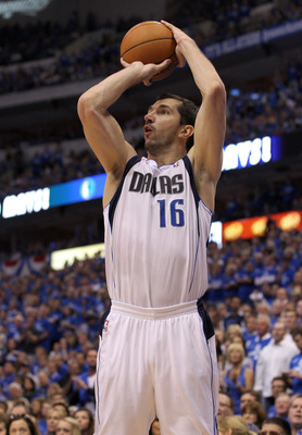 DALLAS, TX - MAY 17:  Peja Stojakovic #16 of the Dallas Mavericks shoots the ball while taking on the Oklahoma City Thunder in Game One of the Western Conference Finals during the 2011 NBA Playoffs at American Airlines Center on May 17, 2011 in Dallas, Te
