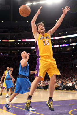 LOS ANGELES, CA - MAY 04:  Pau Gasol #16 of the Los Angeles Lakers reacts as he looses the ball in the first quarter in front of Jason Kidd #2 of the Dallas Mavericks in Game Two of the Western Conference Semifinals in the 2011 NBA Playoffs at Staples Cen