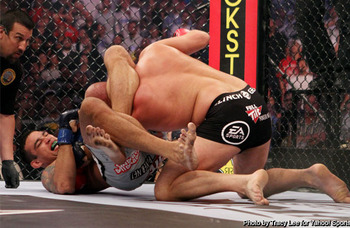 Ept_sports_mma_experts-812937213-1277611535_display_image