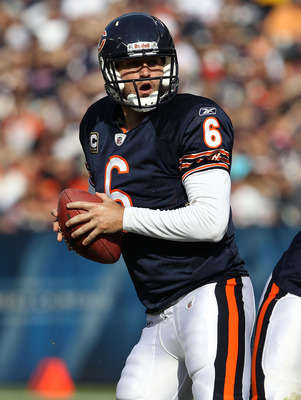 CHICAGO - OCTOBER 24: Jay Cutler #6 of the Chicago Bears drops back to pass against the Washington Redskins at Soldier Field on October 24, 2010 in Chicago, Illinois. The Redskins defeated the Bears 17-14. (Photo by Jonathan Daniel/Getty Images)