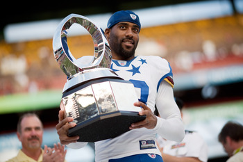 HONOLULU - JANUARY 30:  DeAngelo Hall, #23 of the Washington Red Skins, is the MVP of the 2011 NFL Pro Bowl at Aloha Stadium on January 30, 2011 in Honolulu, Hawaii. NFC won 55-41 over the AFC. (Photo by Kent Nishimura/Getty Images)